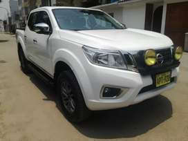 Nissan frontier np300 version re full 4 x 4