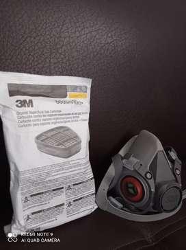 Vendo mascarillas marca 3M de riesgo químico con filtros
