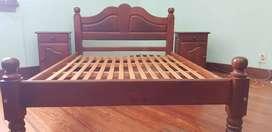 Juego de dormitorio de algarrobo de primera calidad