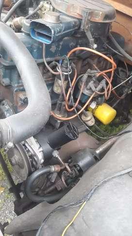 Ford 350 año 83 motor en 6 en linea