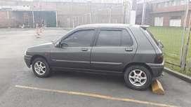 Se Vende Renaul Clio Modelo 2000