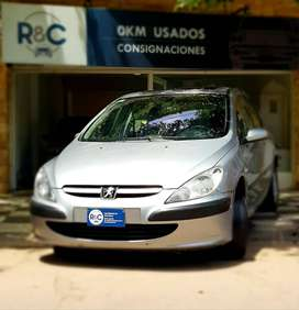 Peugeot 307 XT Premium 2.0L '03 - Excelente estado