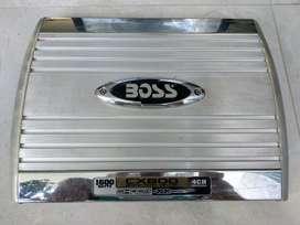 AMPLIFICADOR BOSS 4 CANALES 1.600 W, CAJON 500w Y CABLEADO