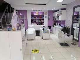 Se traspasa exclusivo salon de belleza y spa