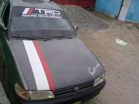 Se vende auto petrolero