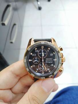 Reloj Seiko sportura cronografo