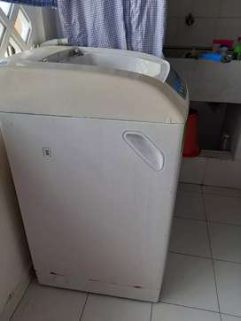 Se vende lavadora digital