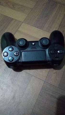 control PS4 original  dañado para reparar o para repuestos