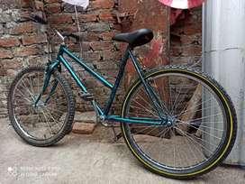 Vendo o cambio una bicicleta aro 26