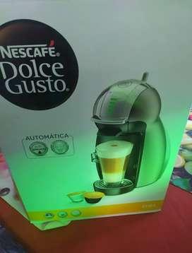 Cafetera Nescafé Dolce gusto