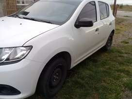Vendo sandero impeque...