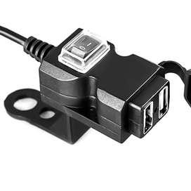PUERTOS USB INSTALABLE EN MOTO