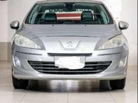 tapizado de cuero, techo corredizo 4 airbag, levanta vidrios, sensor de estacionamiento.