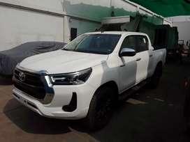 Toyota Hilux 4x4 SRV MODELO 2022 NUEVA SIN USO FULL EQUIPO
