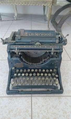 Hp Antigua Maquina de Escribir Underwood