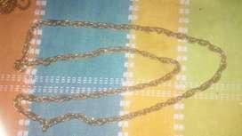 collares de perla negra