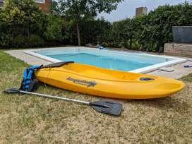 Bote para pesca kayaxion, seguro y estable con remo y chaleco