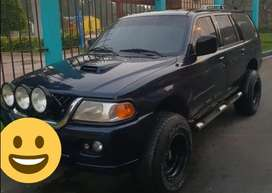 Camioneta Mitsubishi Nativa 4x4 1998 todo ok