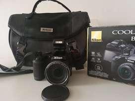 Vendo camara Nikon B500
