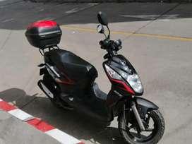 Moto en perfectas condiciones como nueva, soat recien comprado.