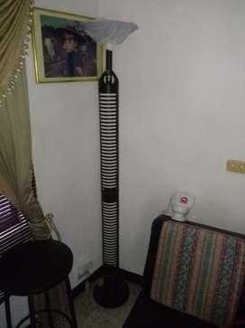 Lámpara Torre para Cds