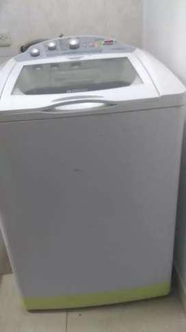 Se vende lavadora de 29 libras