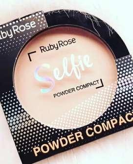 Polvos compactos Ruby rose