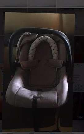 Porta bebes 0-8 meses totalmente nuevo