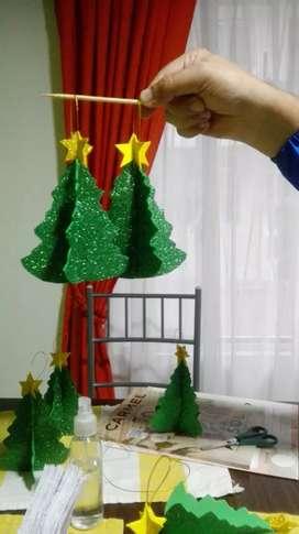 Arboles navideños decorativos para colgar