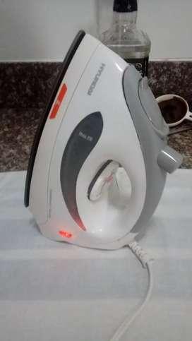 Plancha a vapor Hyundai usada