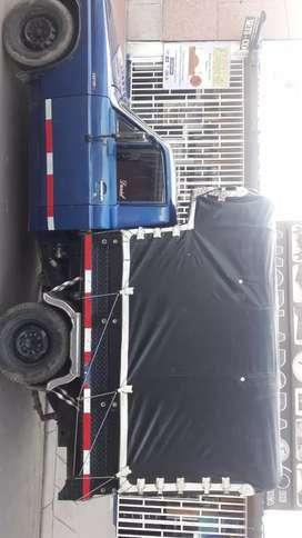 Se vende o se permuta camioneta de edtacas 1600