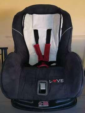 BUTACA para bebé marca LOVE 0-25kg.