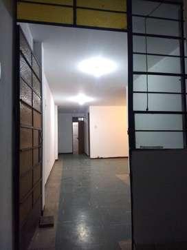 Alquiler Oficinas/Departamento Frente INO Tercer Piso BREÑA
