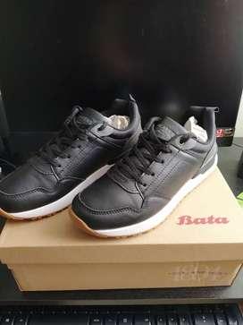 Zapatos marca bata nuevos talla 37 negros