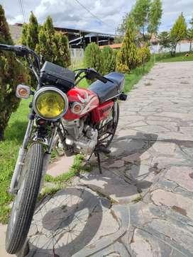 Se vende moto lineal marca RTM motor 150