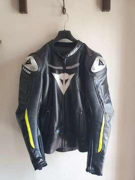 Vendo chaqueta para moto