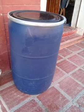 Tanques 200 litros ensilar o para agua