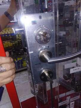 Cerrajero Instalación Chapas Especiales