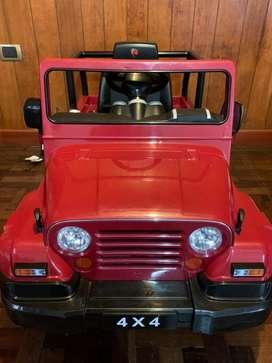 Camioneta a bateria 4x4 jeep
