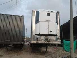 Vendo trailer refrigerado importado