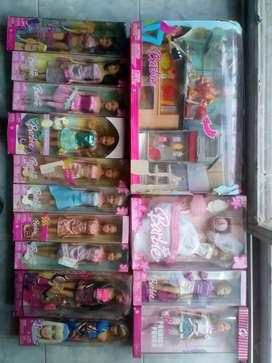 Colección de 13 muñecas Barbie y un Ken