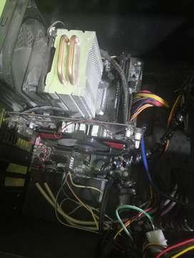 Computadora gama media