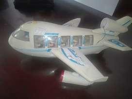 Vendo avion antiguo con sus pasajeros