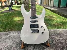 Guitarra eléctrica Racer Superstrat HSS Alpine White