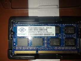 Memoria Ram DDR3L de capacidad de 2Gb usada - cómo nueva