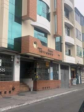 Local de arriendo planta baja en centro de Ambato