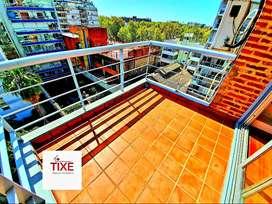 Monroe y Libertador. Dúplex de revista. 2 Amb. + Gran Escritorio. Balcón terraza. Vistas. Cochera.