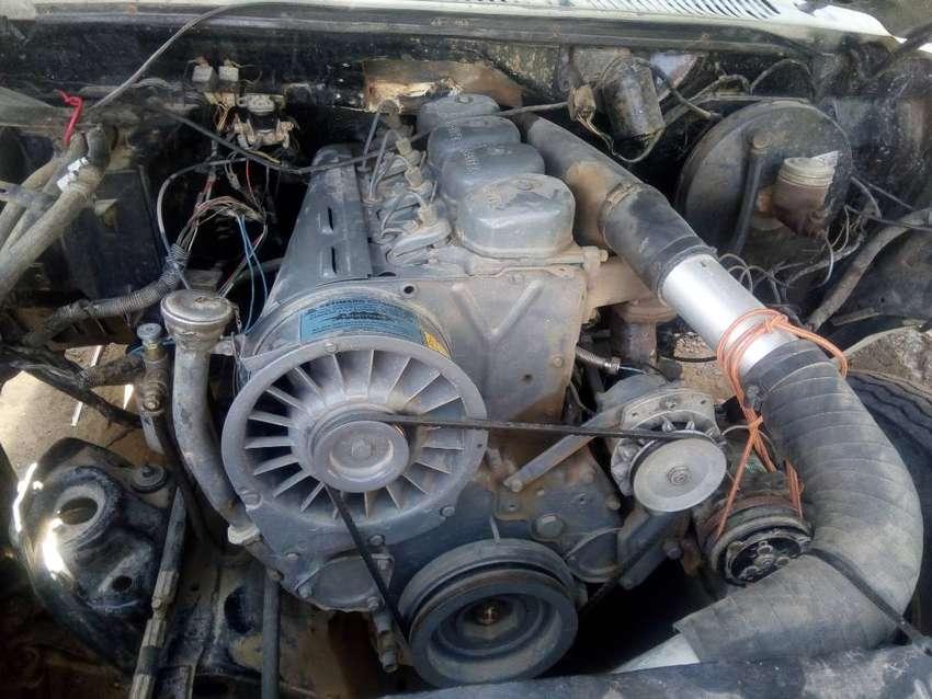 Ford400 con caja térmica equipo de frío mod 87 0