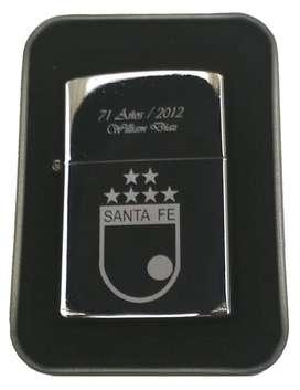 Encendedor tipo Zippo Grabado Foto, Escudo, dedicatoria, logo.