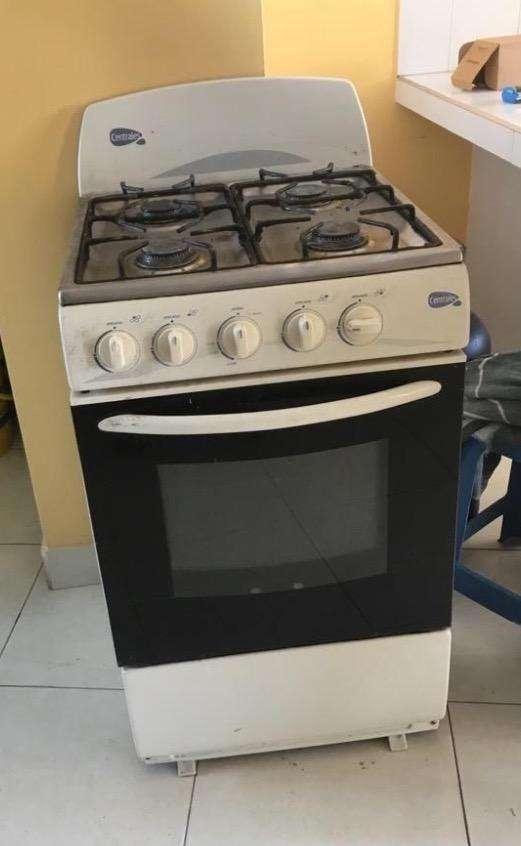 Cocina con horno 0